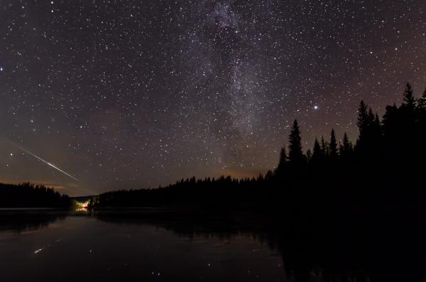 Melkevei og Meteor. 41 poeng. © Kolbein Svensson