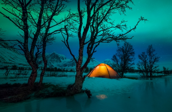 Vinternatt. Gull. © Jan R. Olsen
